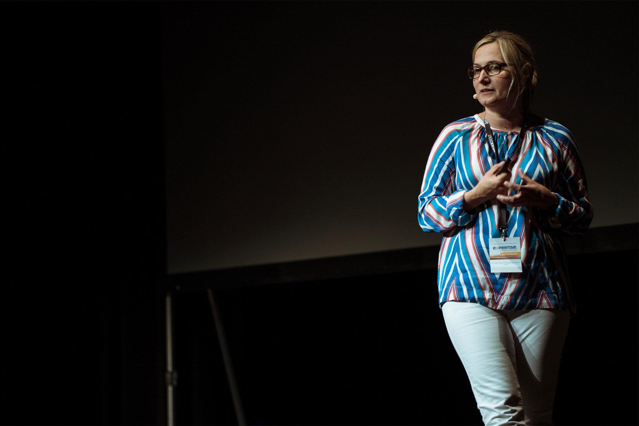 PD Dr. Bogna Stawarczyk: Werkstoffkunde ist zahntechnische Basiskompetenz