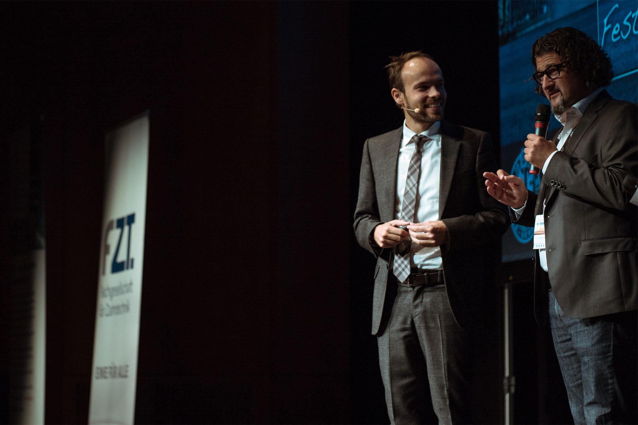 Hubert Schenk bekam als Moderator fast alle Fragen beantwortet.