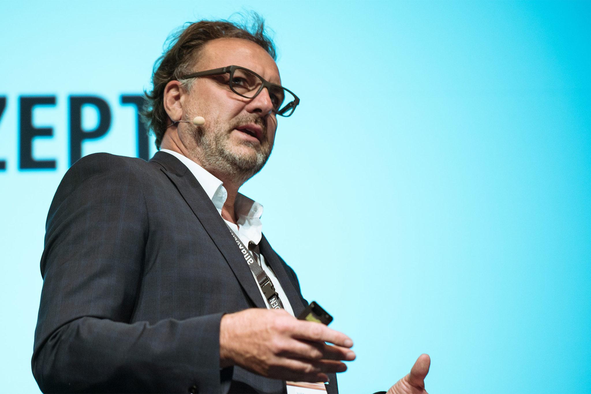 Ralf Barsties: Das natürliche Lächeln des Patienten wieder zu gewinnen ist unser Ziel